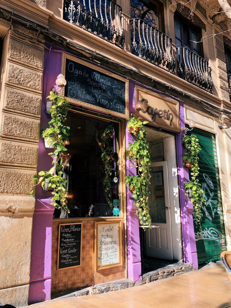 Kawiarnia El Cafetin Walencja z zewnątrz
