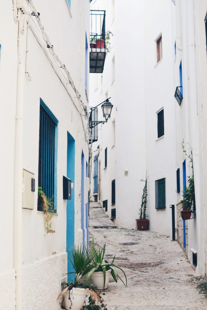 Biała uliczka
