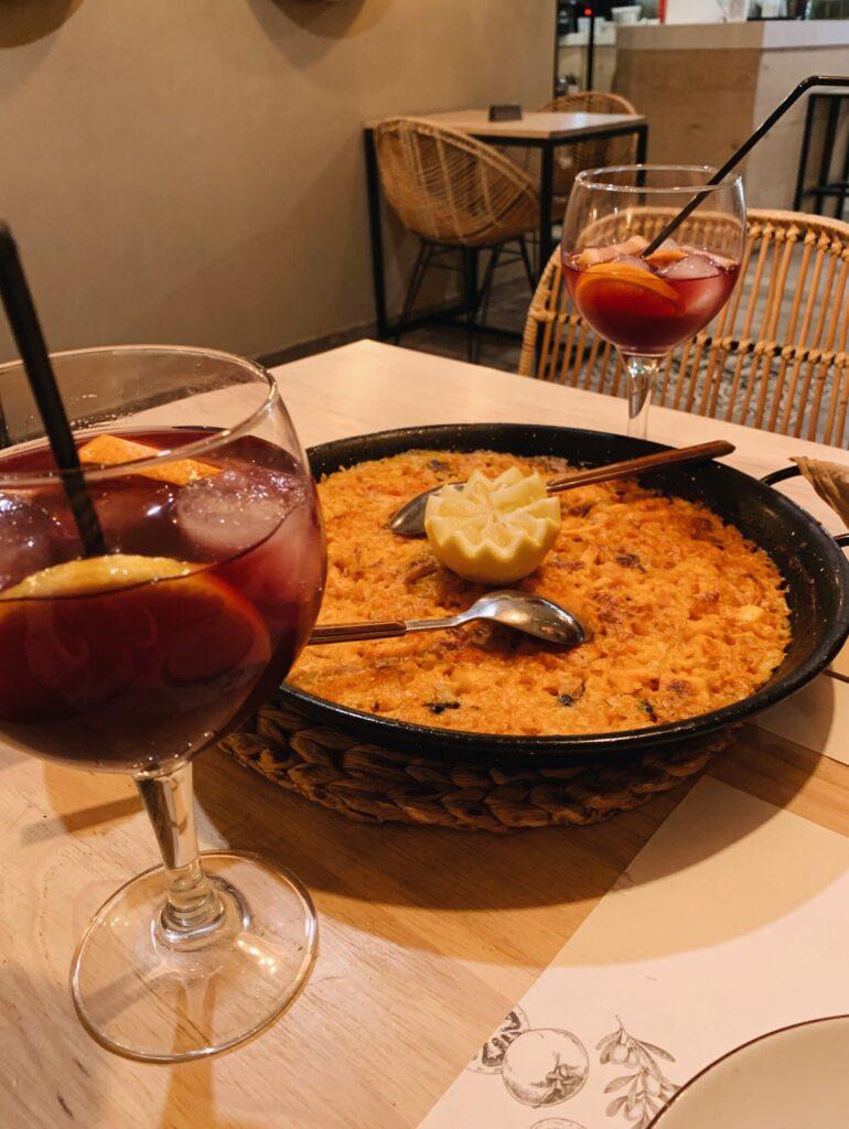 Walencja paella sangria