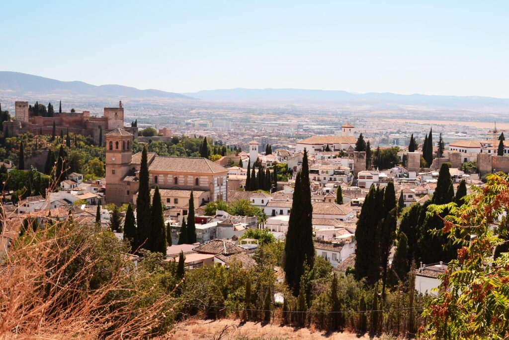 Grenada - Widok na Alhambrę